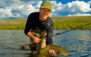 Азбай озеро — место для рыбака