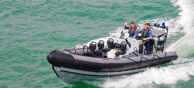 Как выбрать лодку для рыбалки на мелководье