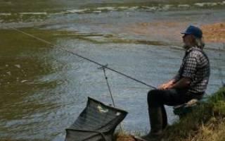 Плотинка озеро — место для рыбака