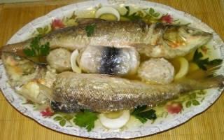 Запечённая фаршированная краснопёрка — рыбные рецепты