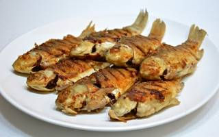Карась на сковороде — рыбные рецепты